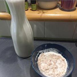 Mandelmilch und Mandelmus